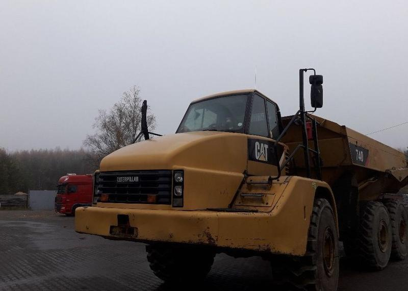 Caterpillar CAT 740
