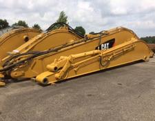 Caterpillar 390 Long Reach boom