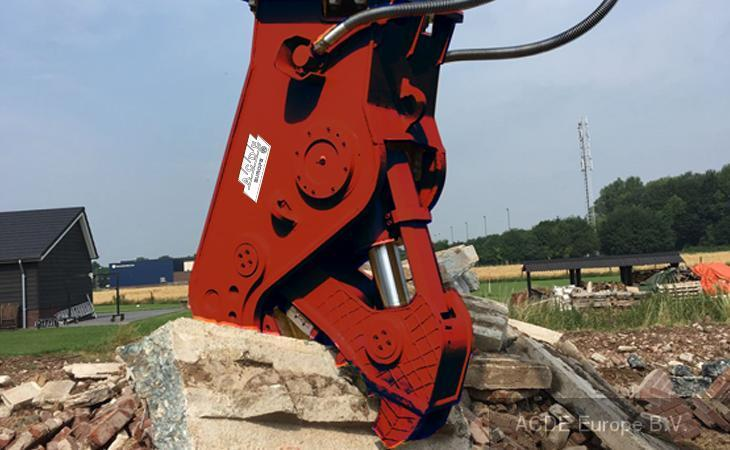 ACDE ASC-1350, 1350 kg concrete crusher, 12-16 t m